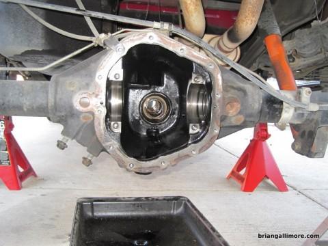 Quadrasteer / Dana 60 Rebuild How-To (ring, pinion, carrier